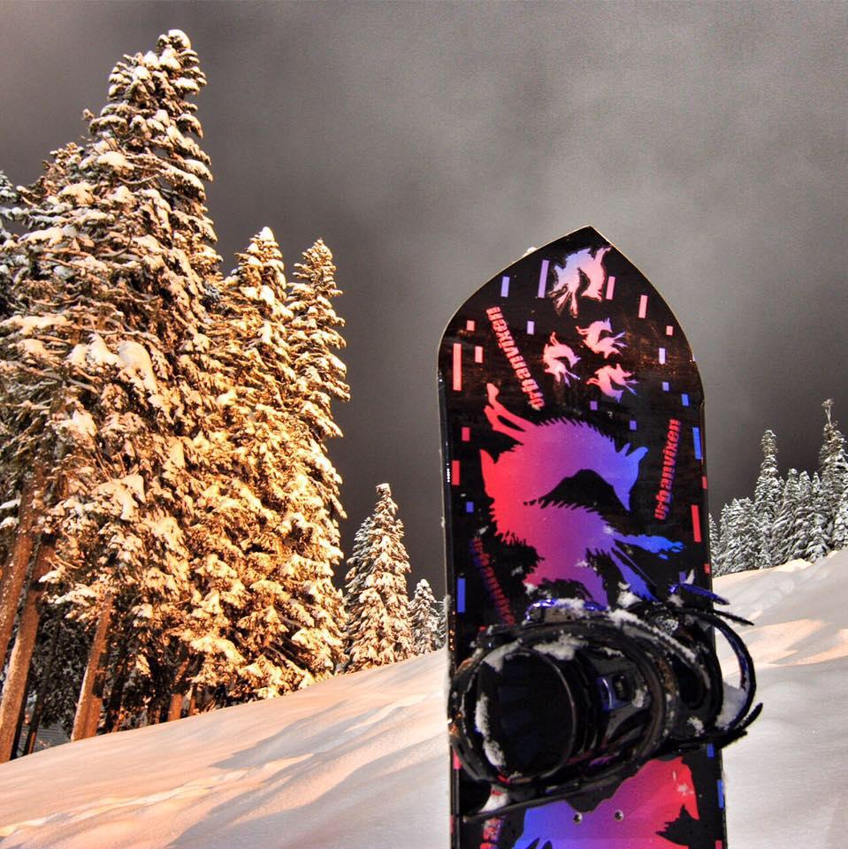 UrbanVixen, Snowboard, ReverseRocker, Camber, stevens pass, stevens pass mountain resoirt, stevens pass mountain, stevens pass ski resort, stevens pass ski area, stevens pass, snow, snowboard, transworld snowboarding, snowboarder magazine, roxy